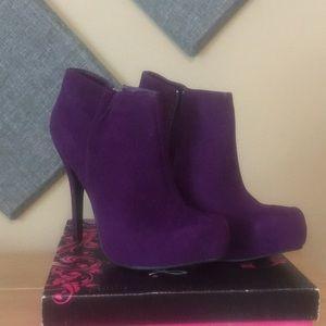 Qupid Purple Velvet Booties